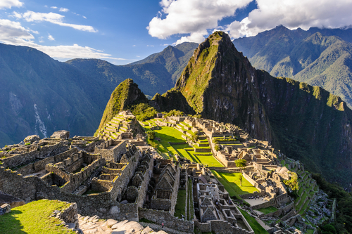 10 Incredible Wonders of the World